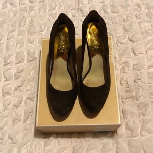 Women's Michael Kors Dark Brown and Gold Heels 8.5